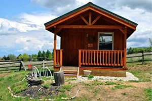 Wilderness Spirit Cabins - solitude & warmth :: Three adorable cabins for vacation rental. Private rural area with heavenly views of the Bitterroot mountains off your own private deck. Enjoy the wilderness spirit in comfort
