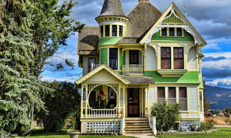 Corvallis Montana Victorian Home