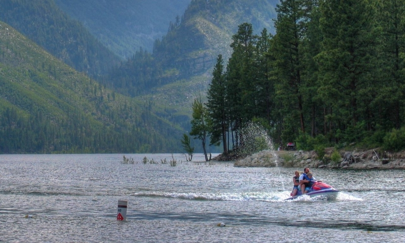 Jet Skiing on Lake Como in Bitterroot National Forest